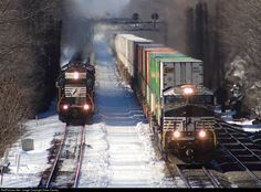 RailPictures.Net Photo: NS 8045 Norfolk Southern GE ES44AC at Cassandra, Pennsylvania by Dave Carney