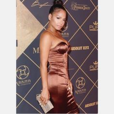 @christinamilian carrying our clutch @maximmag party last weekend #fashion #maximhot100 #redcarpet #celebrity #summer #style #handbag #purse #shop #monday #ashlynd #clutches #accessories #ashlyndclutches
