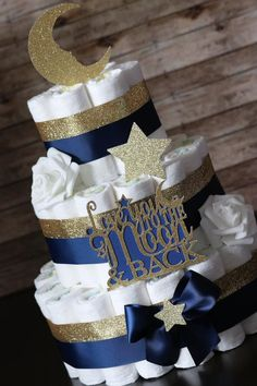 LOVE you to the MOON & back/ Baby Shower/ Diaper Cake/ Navy and Gold/ Star/ Mommy to be/ Neutral Diaper Cake/ Gifts for Baby/ Moon/ Love - Baby Shower Decorations For Boys, Boy Baby Shower Themes, Baby Shower Centerpieces, Baby Boy Shower, Baby Shower Gifts, Baby Gifts, Cadeau Baby Shower, Baby Shower Diapers, Baby Shower Cakes