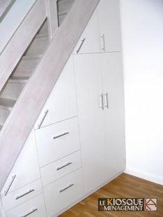 1000 images about rangement sous escalier on pinterest places - Porte coulissante sous escalier ...