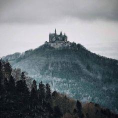 Thrilling-Natural-Landscapes-by-Patrick-Monatsberger31-900x900.jpg 900×900 pixels