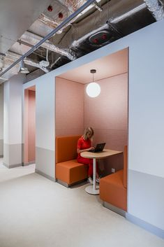 Office Pods, Booth Seating, Workplace Design, Office Workspace, Coworking Space, Office Interiors, Design Firms, Home Interior Design, Design Projects