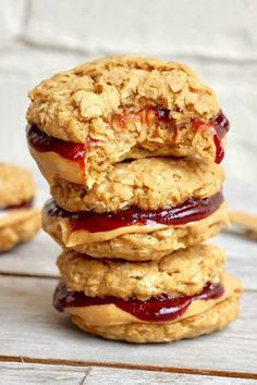 Healthy Flourless Peanut Butter and Jelly Cookie Sandwiches