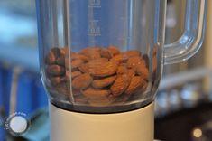Grunnoppskrift - 1001 makron Base Foods, Macarons, Almond, Base Recipe, Cooking, Desserts, Blog, How To Make, Recipes