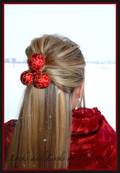 Christmas Hairstyle: Elegant up-do