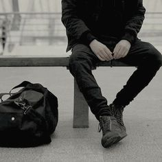 Waiting to go somewhere.This image is important as it shows an individual waitin… Waiting to go somewhere.This image is important as it shows an individual waiting to go somewhere due to their bag next to them, possibly waiting for a train or for a plane. Blake Steven, Foto Top, Tim Drake, Character Aesthetic, Boy Character, Aesthetic Boy, Aesthetic Green, Aesthetic Clothes, Purple Hair