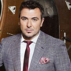 See Antonis Remos pictures, photo shoots, and listen online to the latest music. Kostas Martakis, Remo, Famous Singers, Folk Music, Latest Music, Attractive Men, Photo Shoots, Suit Jacket, Musicians