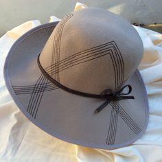 Vintage 70s ladies felt hat with leatherette trim by coolclobber