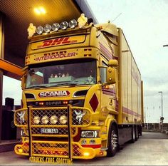 "53 Likes, 2 Comments - Trucks & Cars (original) (@trucks_cars_spotting) on Instagram: ""Scania R730 By: STM #scaniafamilien #scania #scaniavabis #scaniav8 #scapower #powertrucks"""