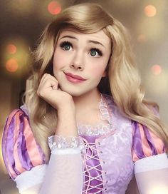 Makeup Artist Richard Schaefer might be a man, but it doesn't stop him from cosplaying as most of the Disney Princesses, and he does it quite beautifully to