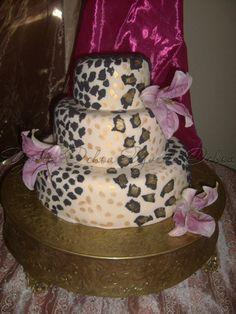 Pastel XV años en Mexicali F#1.251 / Sweet 16 leopard print cake