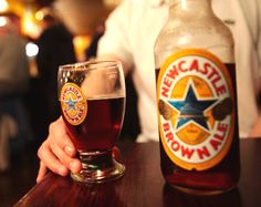 'Fish and chips' cocinado con cerveza Newcastle Brown Ale Brewing Recipes, Homebrew Recipes, Beer Recipes, Fish And Chips, Tostadas, New Castle Beer, Brown Ale Recipe, Newcastle Brown Ale, Brew Your Own Beer