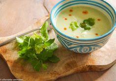 Het is er echt weer voor, soep! Dit is een lichte spicy soep op basis van courgette en groene curry. …