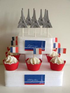 Oooh La La Paris Guest Dessert Feature – Holiday is fun Bridal Shower Cakes, Baby Shower Cakes, Paris Desserts, Paris Themed Cakes, Parisian Party, Paris Winter, Winter Birthday, Paris Birthday, Bastille Day