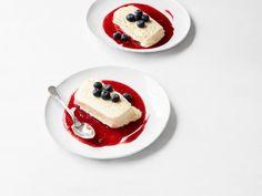 Get Vanilla Semifreddo with Raspberry Sauce Recipe from Food Network
