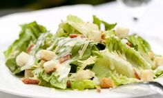 Sāļāka maltīte bez sāls – ar kādām piedevām aizvietot garšvielu - Praktiski padomi - Tasty.lv
