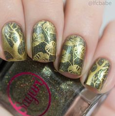 Sayuri Nail Lacquer: ☆ Ginkgoes ☆ ...  holographic nail polish as a base with gold leaf / tree stamping nail art on top
