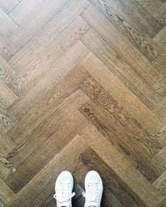 My dream floor my new floor ❤️ #interior #fiskbensparkett #kalanruotoparketti…
