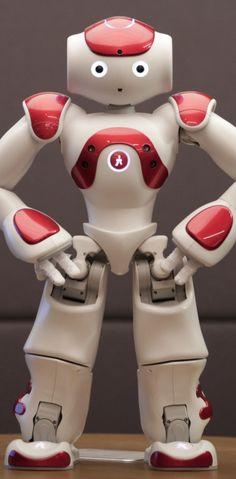 La société française Aldebaran n'est pas en reste en matière de robotique avec son petit robot humanoïde Nao... ||| http://www.humarobotics.com/