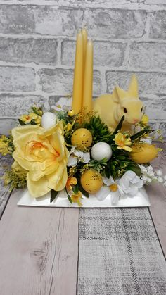 Easter Art, Easter Crafts, Saint Patrick, Easter Wreaths, Flower Boxes, Dream Vacations, Floral Arrangements, Table Decorations, Spring