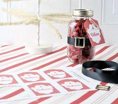 Super Cute Santa DIY Mason Jar Christmas Gift Idea with Printable Gift Tags