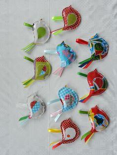 hangertje tafelzeil gekleurde vogels