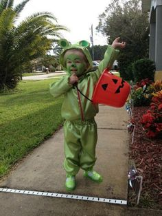 GUMMY BEAR COSTUME outerwear Birthday outfit by HandmadebyCatira $39.99  sc 1 st  Pinterest & DIY Gummy Bear Costume from Courtney @The Chirping Moms ! Find ...