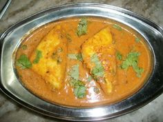 YUMMY TUMMY: Paneer Pasanda (Paneer cooked in a Rich Tomato Sauce)