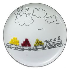 Plates that will make your kids eat vegetables. Boguslaw Silvinskogo.