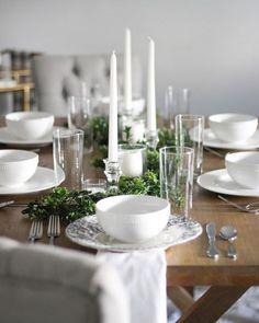 Simple Farmhouse Tablescape | A Classy Fashionista