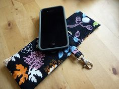 Fabric case/wristlet for iPhone with Link to Tutorial - PURSES, BAGS, WALLETS