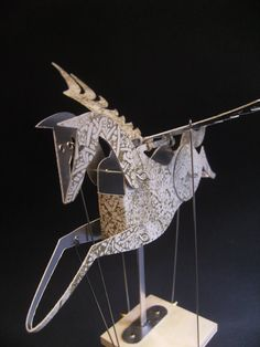 White and Gold Pegasus Automata. I am so going to buy this one of these days.
