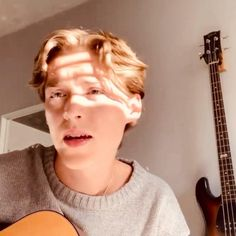 Music Video Song, Music Videos, Blake Richardson, Reece Bibby, New Hope Club, Bright Pictures, Guitar Songs, Best Friend Goals, Cute Gif
