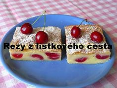 Z lístkového cesta Czech Recipes, Delish, Food And Drink, Pudding, Cupcakes, Czech Food, Hampers, Cupcake Cakes, Custard Pudding