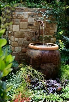 Amazing Ideas French Country Garden Decor – Page 39 – Home Decor Ideas Landscape Plans, Landscape Design, Garden Design, Design Fonte, Fountain Design, Fountain Ideas, Backyard Water Feature, Water Features In The Garden, Small Water Features