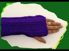 Loom knitted gloves ♥LLKW♥ with pattern, instructions in Spanish but you can translate the page. Also, with video.