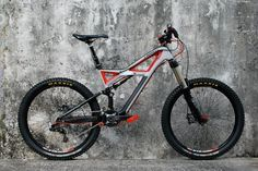 Specialized Enduro S-Works. Its about time I had an enduro upgrade.