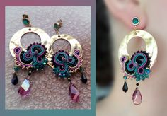 Soutache Earrings by Serena Di Mercione Modern Jewelry, Metal Jewelry, Beaded Jewelry, Diy Earrings, Fashion Earrings, Soutache Pattern, Wedding Jewellery Inspiration, Show Da Luna, Soutache Necklace
