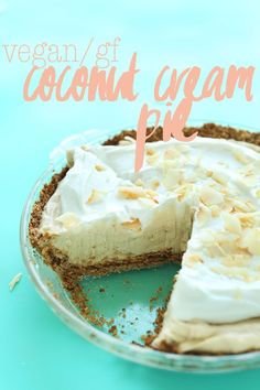 EASY Coconut Cream Pie that's 10 ingredients, so creamy and coconutty! vegan coconut cream pie with naturally-sweetened oat-almond crust, coconut pudding filling, topped with fluffy coconut whipped cream! Dessert Sans Gluten, Vegan Dessert Recipes, Gluten Free Desserts, Homemade Desserts, Healthy Desserts, Easy Desserts, Delicious Recipes, Vegetarian Recipes, Coconut Cream
