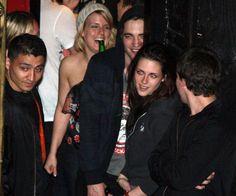 Rob & Kristen at Sam Bradley's Concert in Vancouver May 2009