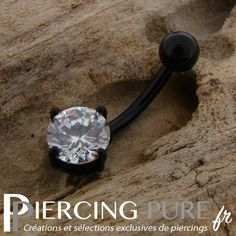 https://piercing-pure.fr/p/257-piercing-nombril-blackline-cristal-blanc-rond.html #piercing #navelpiercing #piercingnombril #piercingstrass #piercingpierre #piercingnoir