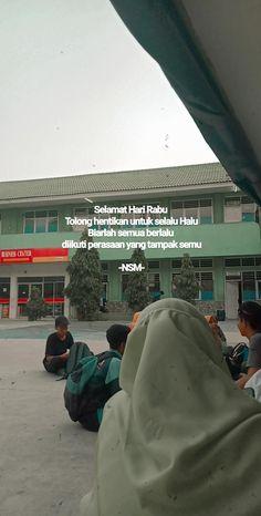 Quotes Lucu, Cinta Quotes, Quotes Galau, Story Quotes, Me Quotes, Qoutes, Reminder Quotes, Caption Quotes, Quotes Indonesia