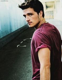 Josh Hutcherson… Please never stop being so attractive
