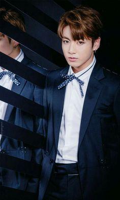 kim taehyung a simple person who is very excited for his job at jeon … Foto Jungkook, Jungkook Jeon, Jungkook Oppa, Bts Bangtan Boy, Bangtan Bomb, Taehyung, Namjoon, Hoseok, Submissive