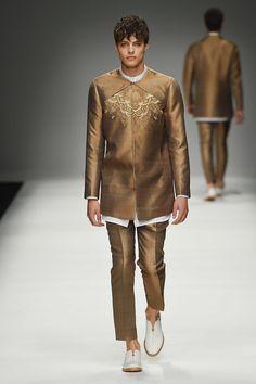 Zeng Fengfei SpringSummer 2016 Collection - Milan Fashion Week - DerriusPierreCom (26)