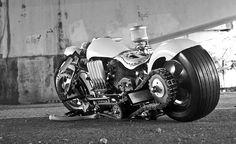dWrenched - Kustom Kulture & Crazy Bikes: ARTSY FARTSY