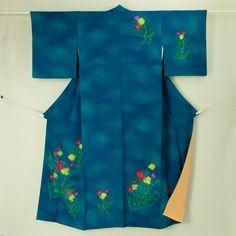 Navy, flower pattern, tsukesage kimono \ 普段のお稽古や着付け練習に 紺色グラデ地 花柄 付下げ    #Kimono #Japan  http://www.rakuten.co.jp/aiyama/
