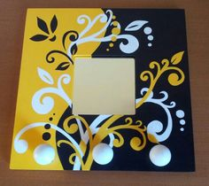 Frame It, Diy Frame, Decoupage, Quilling Work, Painted Picture Frames, Bazaar Crafts, Crafts For Kids, Diy Crafts, Small Mirrors