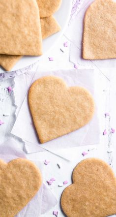 The Ultimate Healthy Cut-Out Sugar Cookies Recipe. These skinny cookies don't taste healthy at all! They're the BEST -- soft, buttery & so easy! You'll never need another sugar cookie recipe again! Healthy Sugar Cookies, Roll Out Sugar Cookies, Buttery Sugar Cookies, Best Sugar Cookie Recipe, Cookie Recipes, Dessert Recipes, Brunch Recipes, 21 Day Fix, Healthy Baking