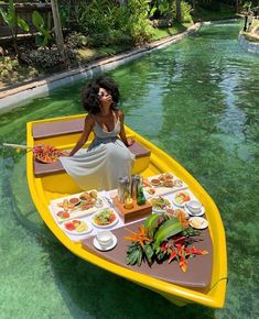 Places To Travel, Places To Go, Bougie Black Girl, Black Girl Aesthetic, Brown Aesthetic, Black Luxury, Poses, Travel Aesthetic, Travel Goals